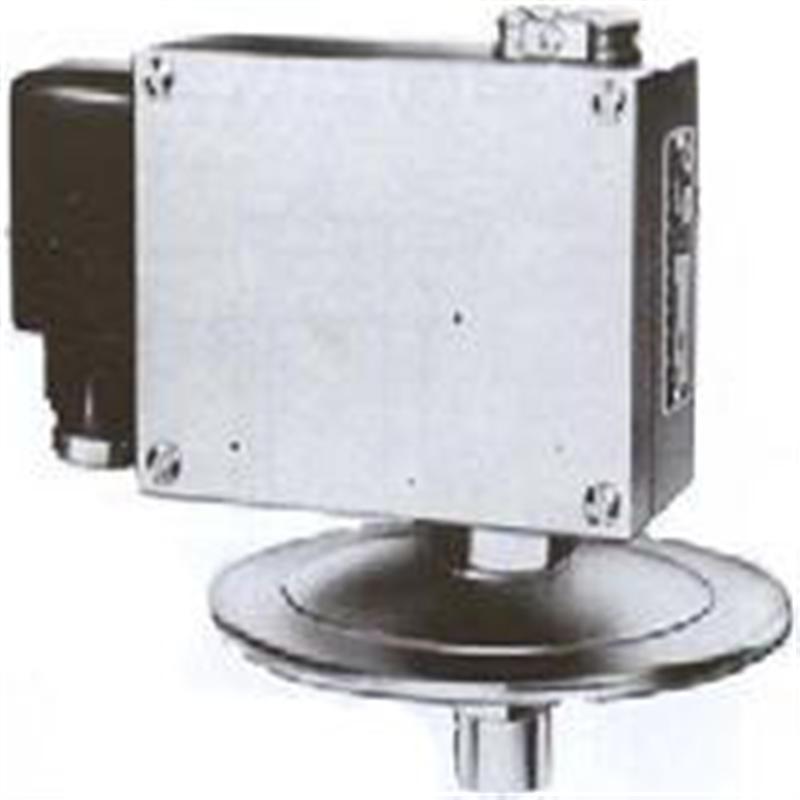 上海自动化仪表四厂双触点压力控制器D500/7DZ