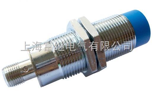 这种开关的测量通常是构成电容器的一个极板,而另一个极板是开关的外壳。这个外壳在测量过程中通常是接地或与设备的机壳相连接。当有物体移向接近开关时,不论它是否为导体,由于它的接近,总要使电容的介电常数发生变化,从而使电容量发生变化,使得和测量头相连的电路状态也随之发生变化,由此便可控制开关的接通或断开。这种接近开关检测的对象,不限于导体,可以绝缘的液体或粉状物等。 检验距离   检测电梯、升降设备的停止、起动、通过位置;检测车辆的位置,防止两物体相撞检测;检测工作机械的设定位置,移动机器或部件的极限位置;检测