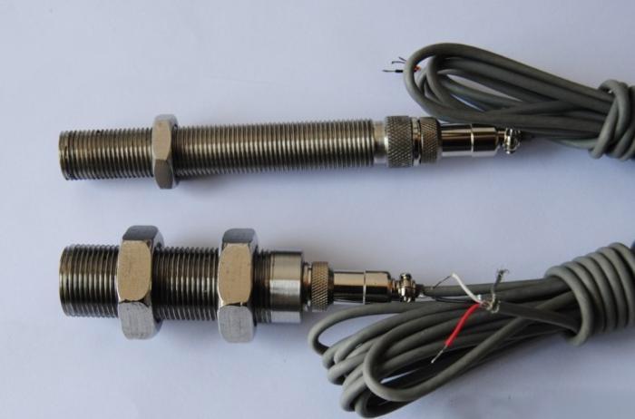 摩托车发动机转速传感器LH520图片
